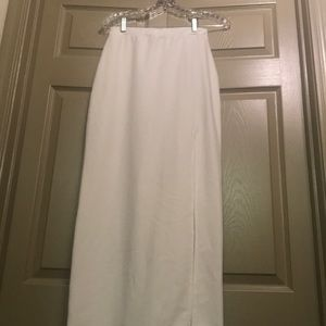 Misguided White Maxi Skirt Leg slit size medium